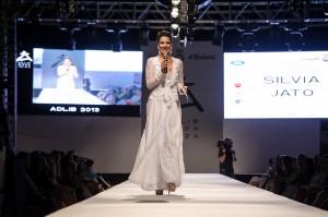 Sivia Jato vestida de Charo Ruiz Ibiza (2)