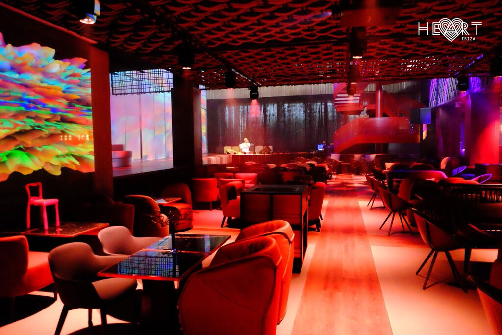 Diseño de interiores en el restaurante Heart Ibiza