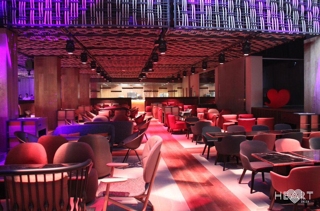 Interiorismo en el restaurante Heart Ibiza