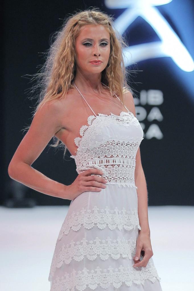 Elisabeth Reyes vestida de Dira Moda Adlib