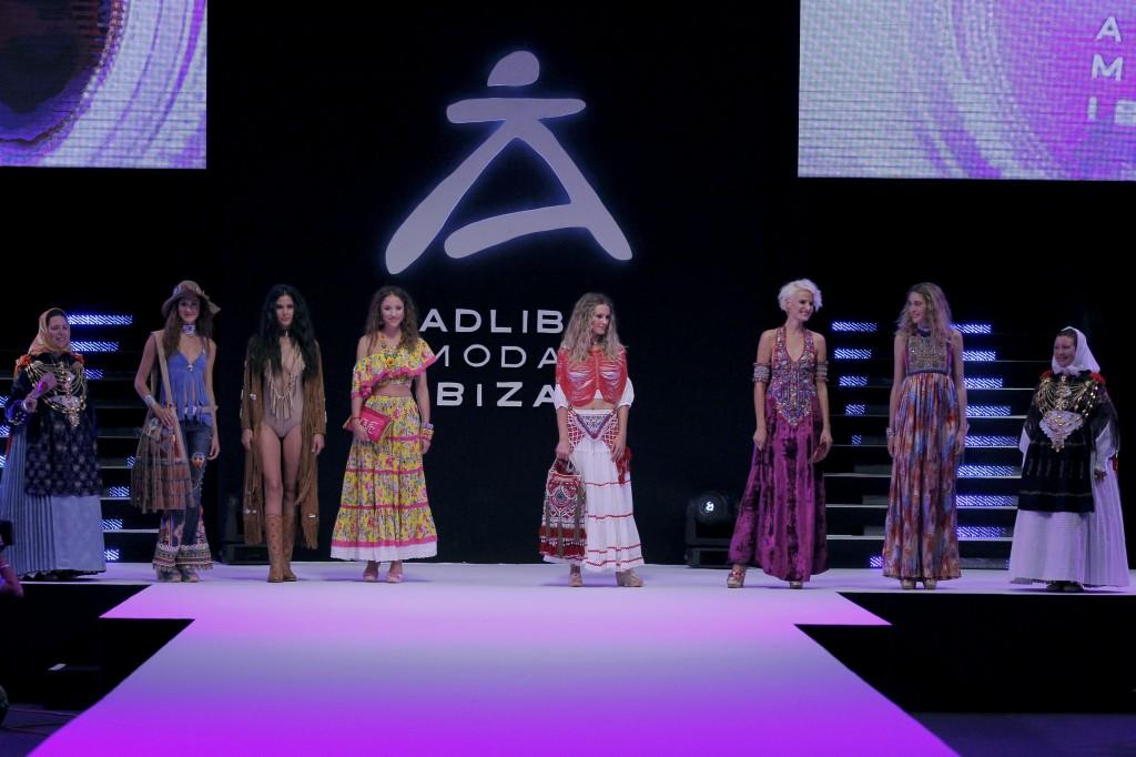 World Family Ibiza pasarela Adlib