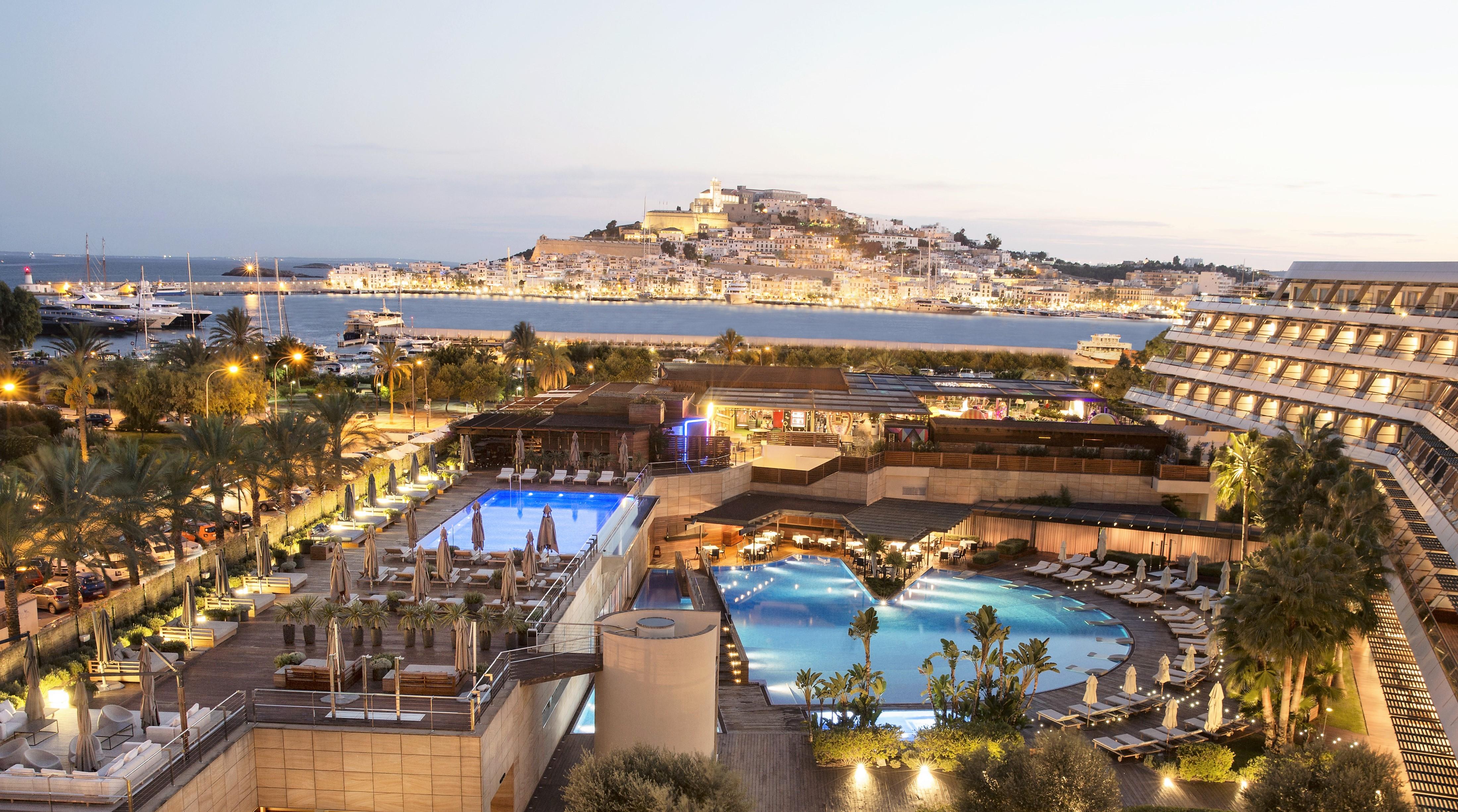 Ibiza Gran Hotel noche