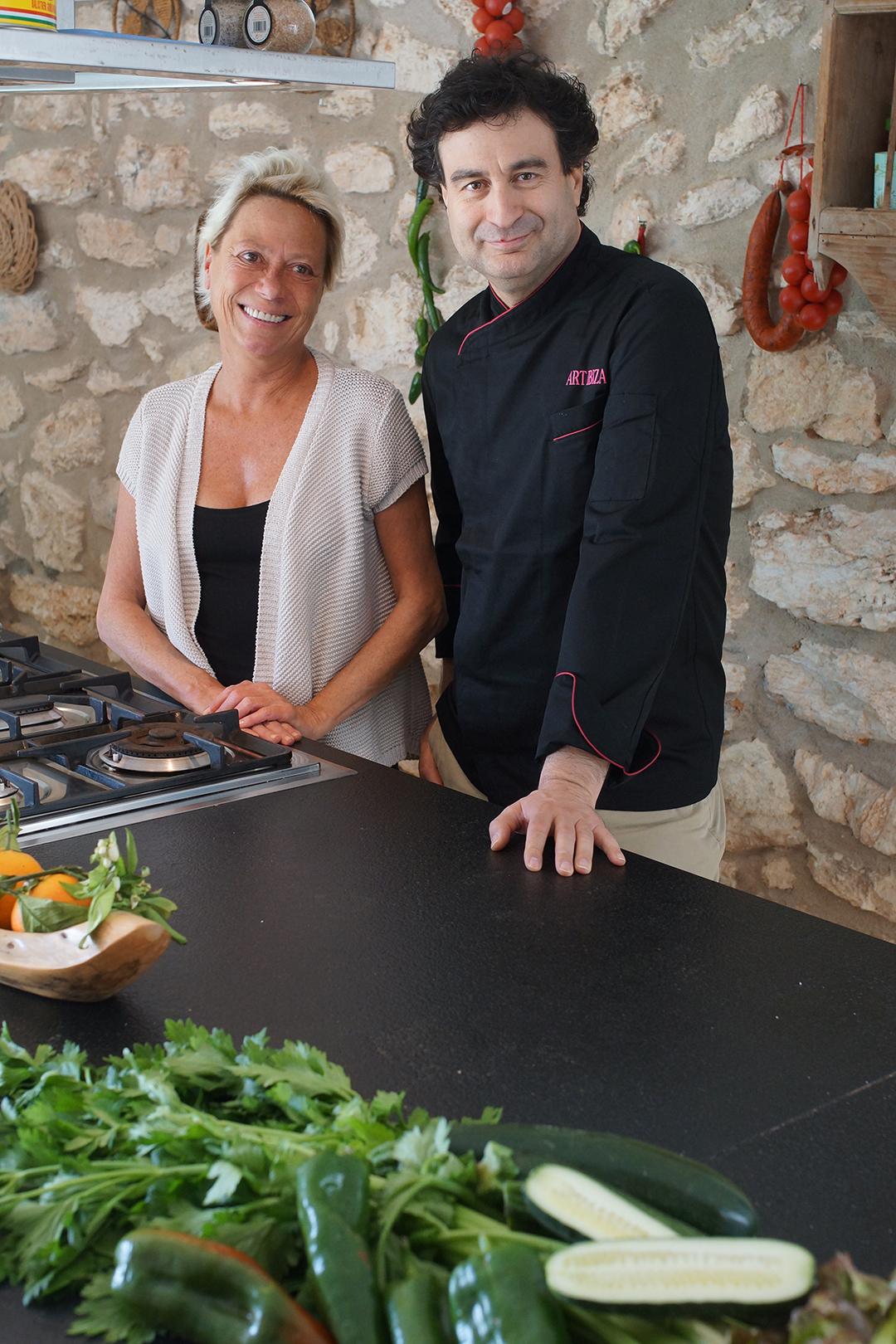 Pepe Rodríguez y Patrizia Longarini en Ibiza